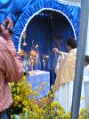Il Santissimo sosta su un altare