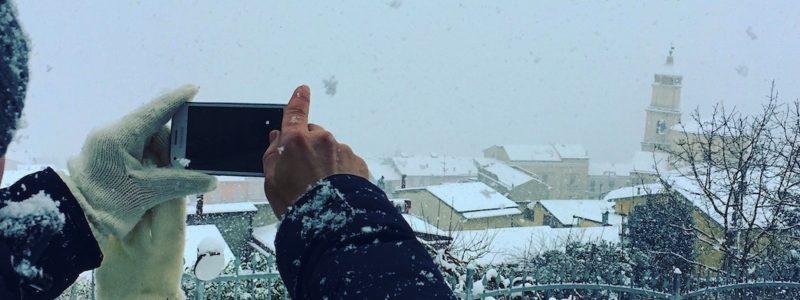 Un manto di neve copre San Lorenzo Maggiore